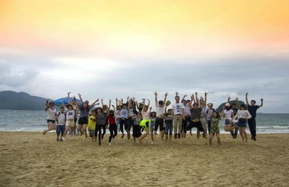 在职学习中心沙滩之旅